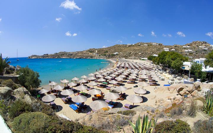 Super Paradise Beach bei Mykonos Stadt © Lagui / shutterstock.com
