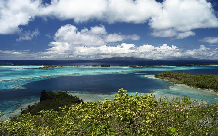 Blick auf Raiatea und Tahaa, Südsee © Achim Baque / shutterstock.com