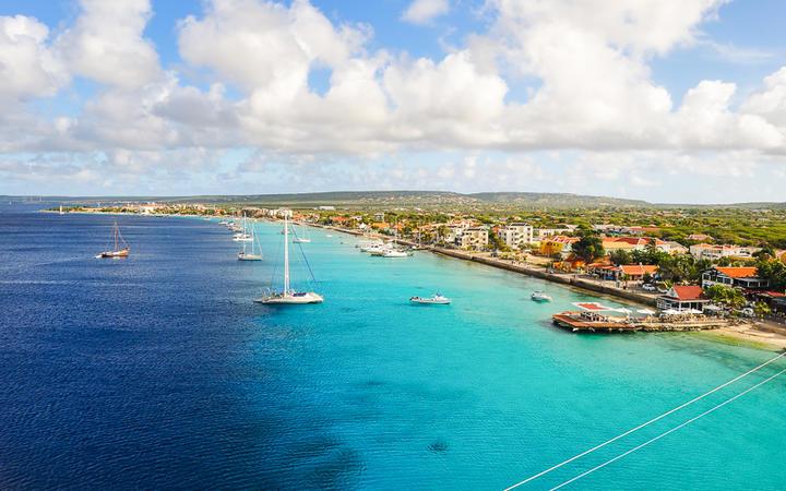 Blick auf die Stadt Kralendijk, Bonaire © Rene Sputh / Shutterstock.com