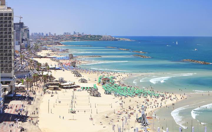 Panoramablick über den Strand von Tel Aviv © Protasov AN / shutterstock.com