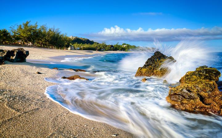 Traumhafter Strand bei Saint Leu auf La Réunion © infografick / shutterstock.com