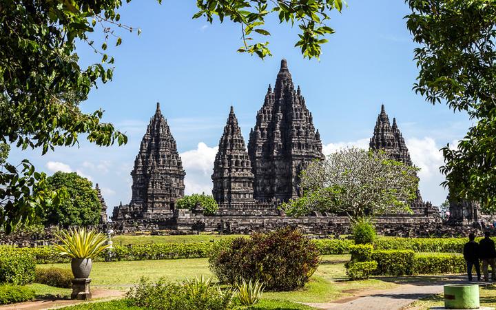 Der Prambanan Tempel in der Nähe von Yogyakarta auf der Insel Java, Indonesien © Dima Fadeev / Shutterstock.com