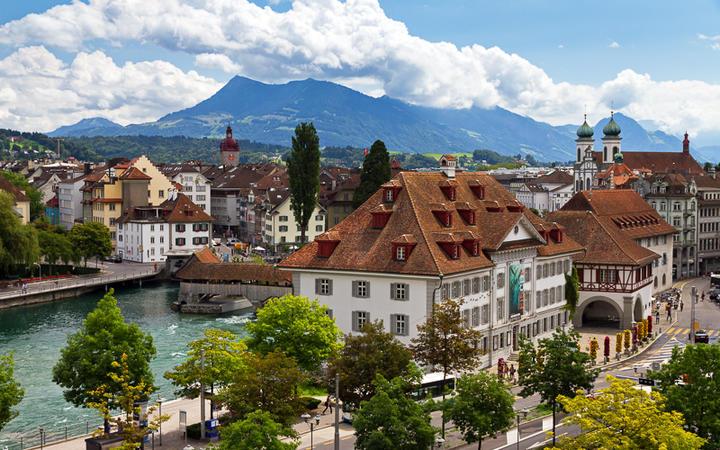 Blick über die Altstadt von Luzern, Schweiz © Dennis van de Water / Shutterstock.com