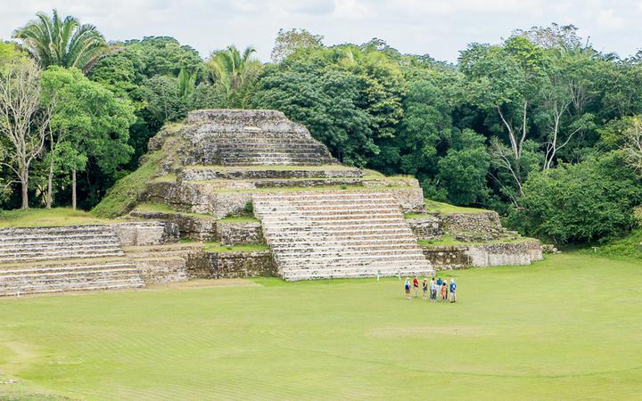 Maya Tempel in Altun Ha, Belize © Tony Moran / shutterstock.com